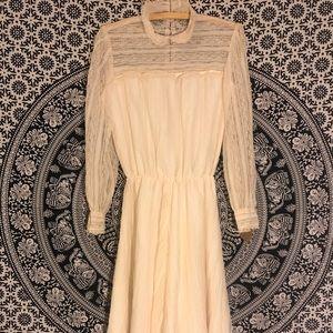 Cream Lace Vintage Dress